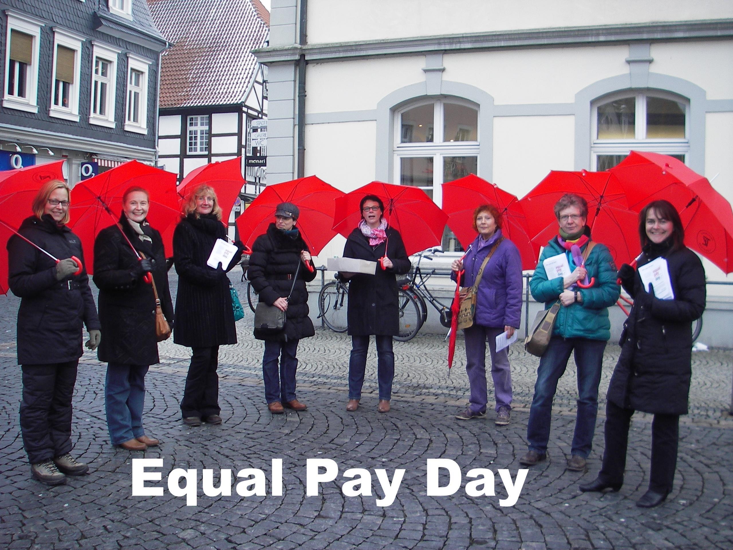 Frauennetzwerk Lippstadt engagiert sich am Equal Pay Day